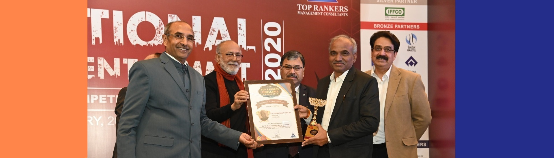 Dr. Bhimaraya Metri, Director IIMT Receives Top Rankers Excellence Award for  Outstanding Academic leadership